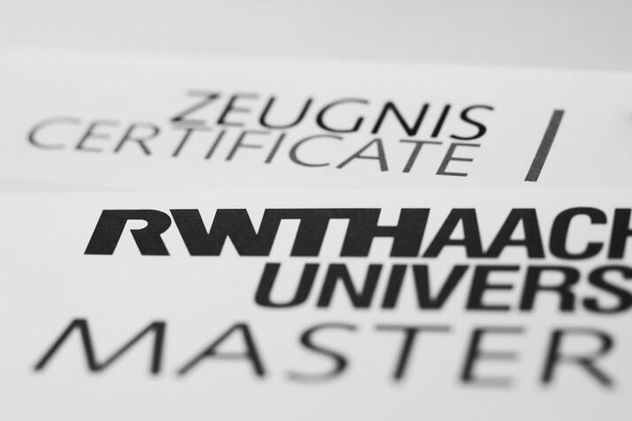 Grad School: Should I Get a Ph.D. or Master's in I/O Psychology?