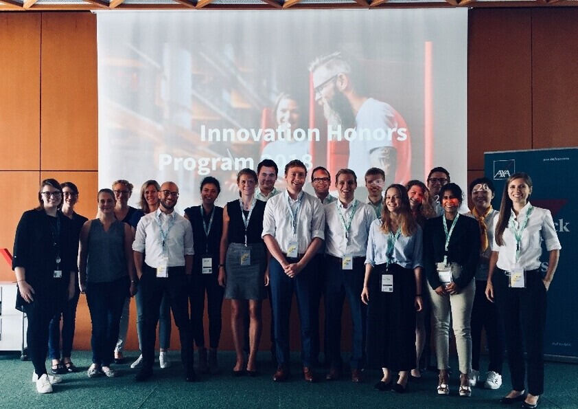 Innovation Honors Class bei dem AXA Design Thinking Workshop